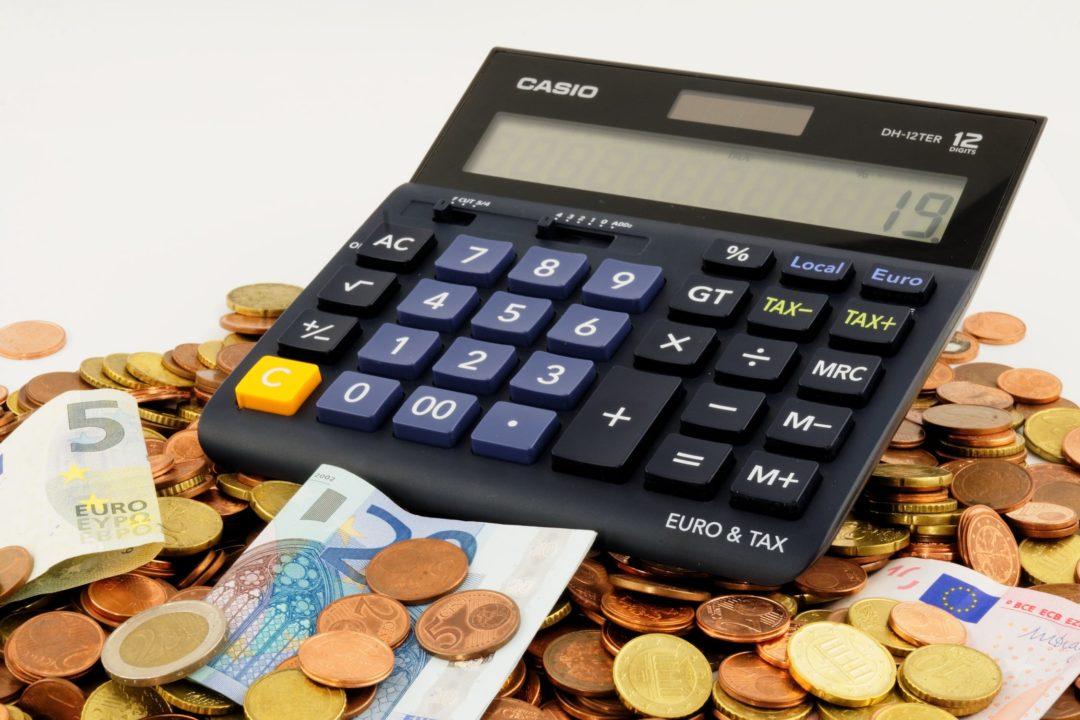 Cálculo de Custos e Lucros